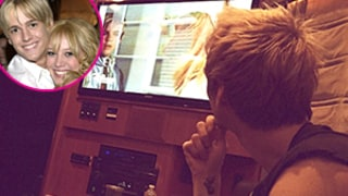 Aaron Carter Watches His Lizzie McGuire Episode Featuring Ex Hilary Duff: Picture