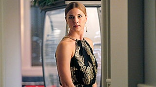 Revenge Season 4 Winter Finale Spoilers: Original Character Dies in Blaze of Glory, Why You Should Have Seen It Coming