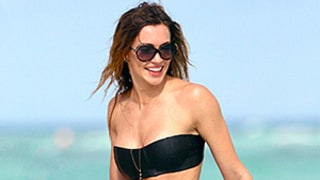 Katie Cassidy's Rock-Hard Abs, Insane Bikini Body Are the Ultimate Gym Inspiration: See the Photos!