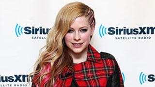 Avril Lavigne Dismisses