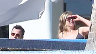 Jennifer Aniston, Justin Theroux Party With George Clooney, Amal Alamuddin, Jimmy Kimmel, Howard Stern, and More During Cabo Trip