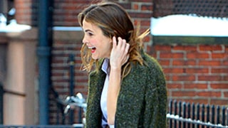 Keri Russell Risks Major Wipeout in the Snow While Wearing Red High Heels: See a GIF of Her Impressive Balancing Act