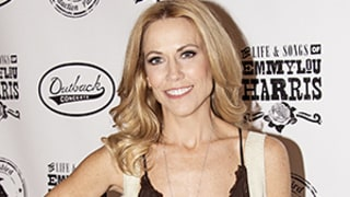 Sheryl Crow Posts Adorable Childhood Picture on Throwback Thursday
