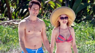 Heather Graham's Sexy Beach Buddy Is Boyfriend Tyler Harcott: See Their Unbelievable Bods, Get More Details