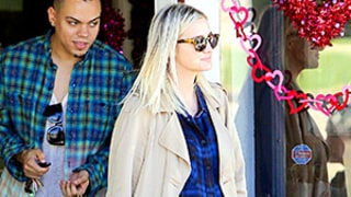 Pregnant Ashlee Simpson Bundles Her Growing Baby Bump in Plaid: See Her Pregnancy Style!