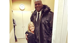 Kelly Ripa Is Teeny Tiny Next to Shaquille O'Neal, Looks Like a Little Kid: See the Pic!