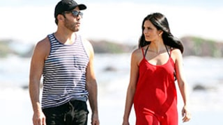 Jeremy Piven Takes Beach Stroll With Former Bachelor Contestant Samantha Steffen -- See the Pics!