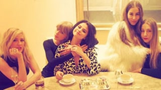 Taylor Swift Hangs With Ellie Goulding, Selena Gomez, and Haim at Amazing Mega Tea Party in Vegas!