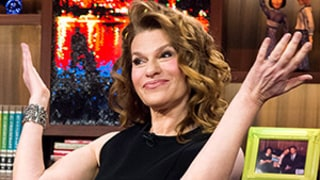 Sandra Bernhard Sounds Off on David Letterman Feud,