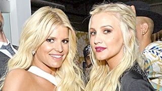 Jessica Simpson, Pregnant Ashlee Rock the Red Carpet Together: See Their Sweet Sister Style!