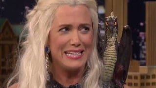 Kristen Wiig Conducts Whole Hilarious Interview With Jimmy Fallon as Game of Thrones' Khaleesi