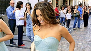 Eva Longoria Goes Barefoot in Seafoam Green Bridesmaid Dress at Friend's Wedding: See the Photos!