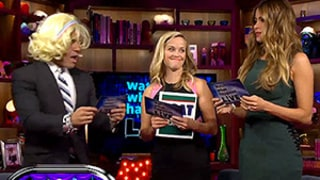Reese Witherspoon Reenacts Memorable Scene From Legally Blonde: