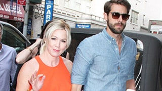 Jennie Garth Gushes About Wedding Plans With David Abrams: