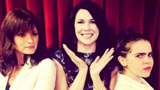 Lauren Graham Gets Stuck Between Her Two TV Daughters, Alexis Bledel, Mae Whitman: See the Cute Picture!