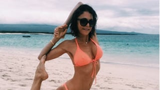 Bethenny Frankel Does Crazy Yoga Poses in Tiny Bikinis: Pictures