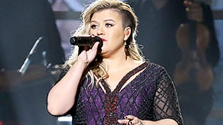Kelly Clarkson Covers Prince's