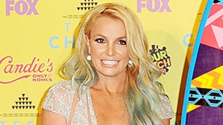 Britney Spears Hits the Teen Choice Awards with Family, Tells Teens: