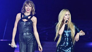 Taylor Swift and Avril Lavigne Perform