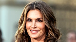 Cindy Crawford Addresses Viral Unretouched Photo: