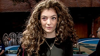 Lorde Shares Photo of