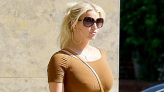 Jessica Simpson Makes Looking Smokin' Hot Seem Easy in Simple Teeny Minidress — See Her Sexy Bod