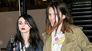 Frances Bean Cobain Secretly Marries Isaiah Silva: Where Was Mom Courtney Love?