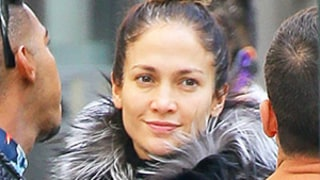 Jennifer Lopez Goes Without Makeup, Looks Just as Gorgeous While Out in New York