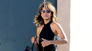 Halle Berry Wears Ring on Wedding Finger, Looks Incredible After Olivier Martinez Split News: Photos