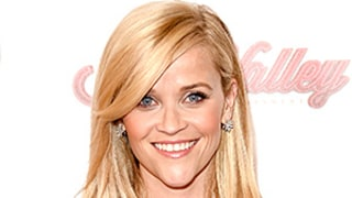 How to Give Your Hairstyle a Makeover With Just a Brush (as Inspired by Reese Witherspoon)