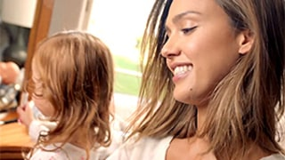 Jessica Alba Gets Help With Her Makeup From Daughter Haven: Watch the Adorable Video!