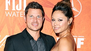 Nick and Vanessa Lachey Celebrate Birthdays With Adorable Kiss: Photo