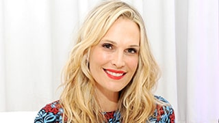 Molly Sims' Favorite Almond Treats: Go Nuts With Her Holiday Recipes!