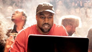 Kanye West Says He Reads Your Online Comments!