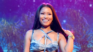 "Nicki Minaj Makes NSFW Moves Performing ""Side to Side"" With Ariana Grande at the AMAs 2016 — Watch"