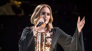 Adele Burps in Fan's Face, Blames It on a 'Dirty Burger' at Glastonbury Performance