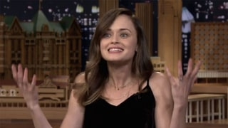 Alexis Bledel Reveals Her Favorite 'Gilmore Girls' Characters and Defends Awkward Promo Pics on 'Jimmy Fallon'