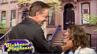 Chris Noth Re-creates 'Sex and the City' Paris Scene With Andy Cohen as Carrie Bradshaw