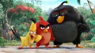 Watch Josh Gad's Hilariously Irritating Eagle Cry in 'The Angry Birds Movie' Preview Clip