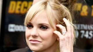 All the Details on Anna Faris' Huge Engagement Ring Upgrade From Husband Chris Pratt