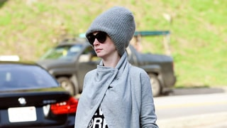 Pregnant Anne Hathaway Looks Sporty in Bump-Hugging Athleisure Style