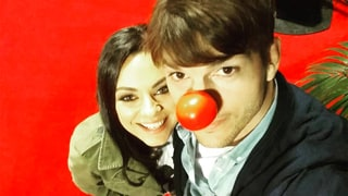 Mila Kunis, Ashton Kutcher Were the Cutest at the Red Nose Day Telecast: Pics