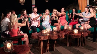 'Bachelor in Paradise' Recap: Nick Viall Calls Himself a 'Loser' Amid Josh Murray Drama, Evan Bass Finally Hooks Up