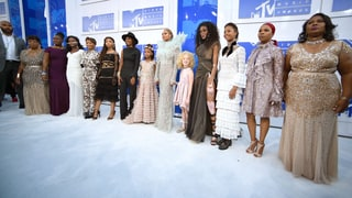 Beyonce Brings 'Mothers of the Movement' to VMAs