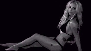 Britney Spears Looks Skinny, Amazing in New Mystery Bikini Dance Videos