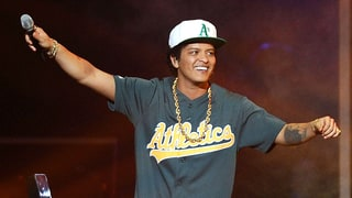Bruno Mars to Perform at 2017 Grammy Awards: Who Else Is Slated So Far?