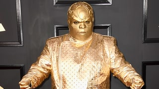 CeeLo Green Arrives at Grammys 2017 in Bizarre Gold Ensemble and Instantly Becomes a Meme