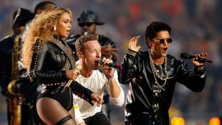 Chris Martin Upstaged by Beyoncé? Check Out These Hilarious Super Bowl 50 Memes!