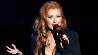Christina Aguilera Looks Like the Ultimate Pinup Girl With New Red Hair