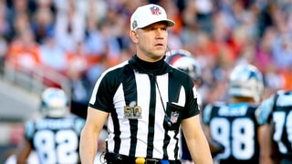 Fans Swoon for Super Bowl 50's Hot Ref: Who Is He?